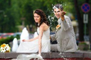 Що подарувати на весілля  Оригінальний подарунок другу на весілля у ... 6b73da363b80a
