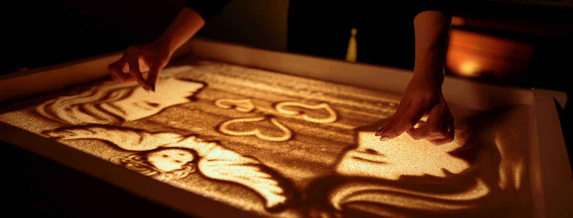 Фото 1 - Песочная анимация для двоих