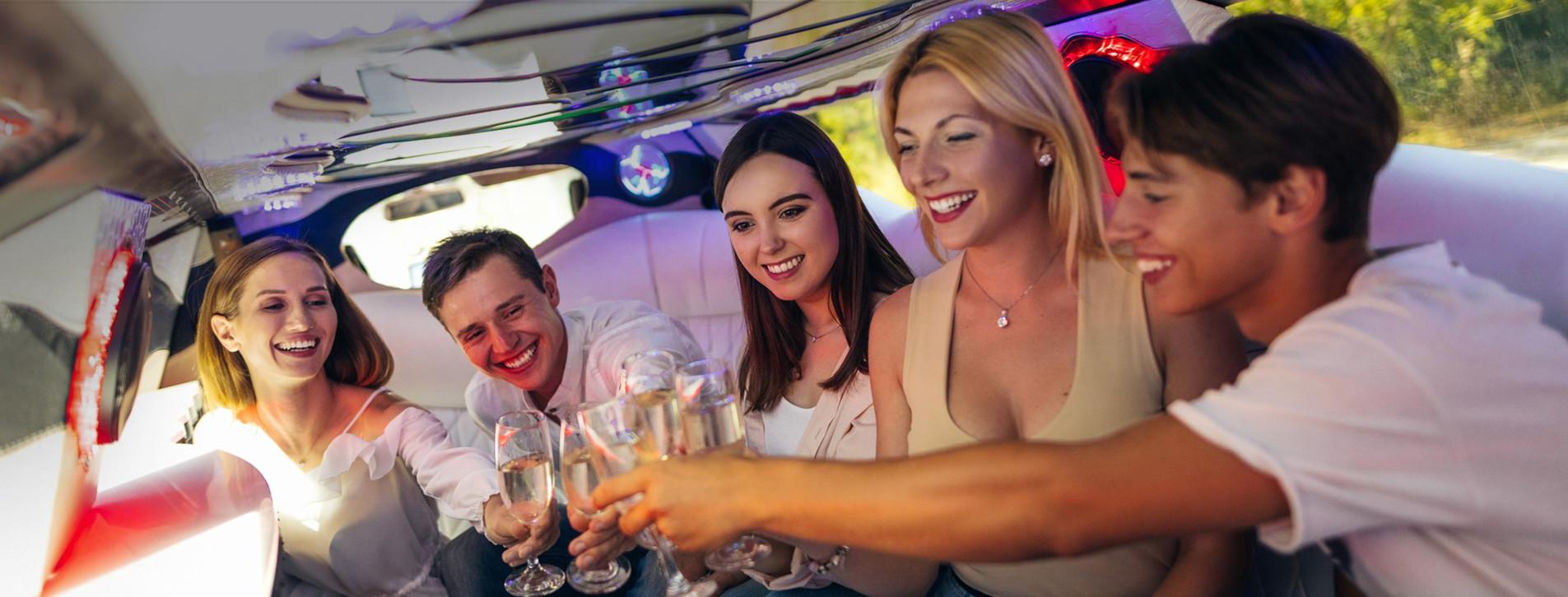 Фото 1 - Вечеринка в лимузине