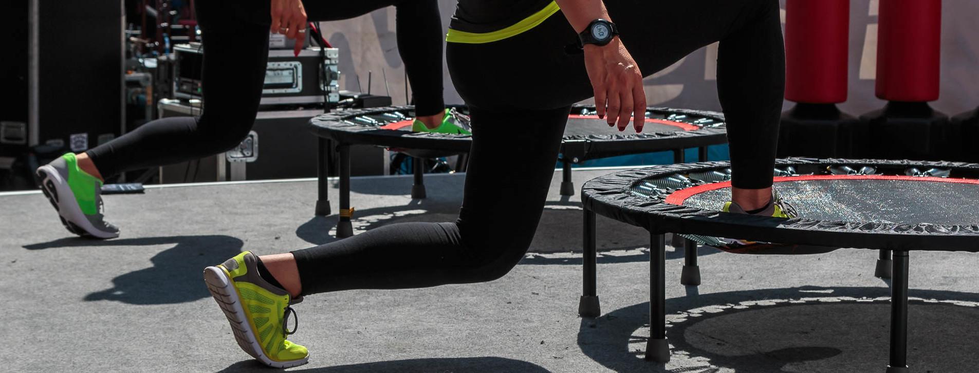 Фото 1 - Джампинг-фитнес на батутах для двоих