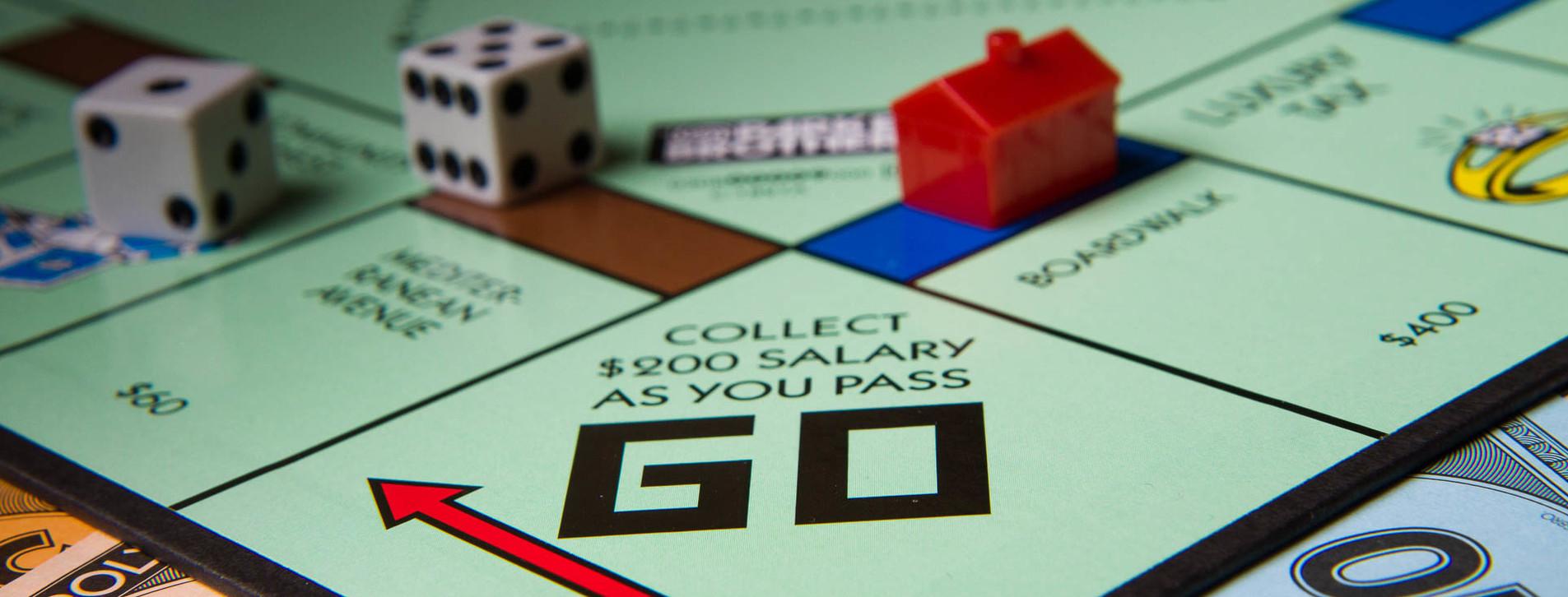 Фото 1 - Вечер финансовых игр для друзей