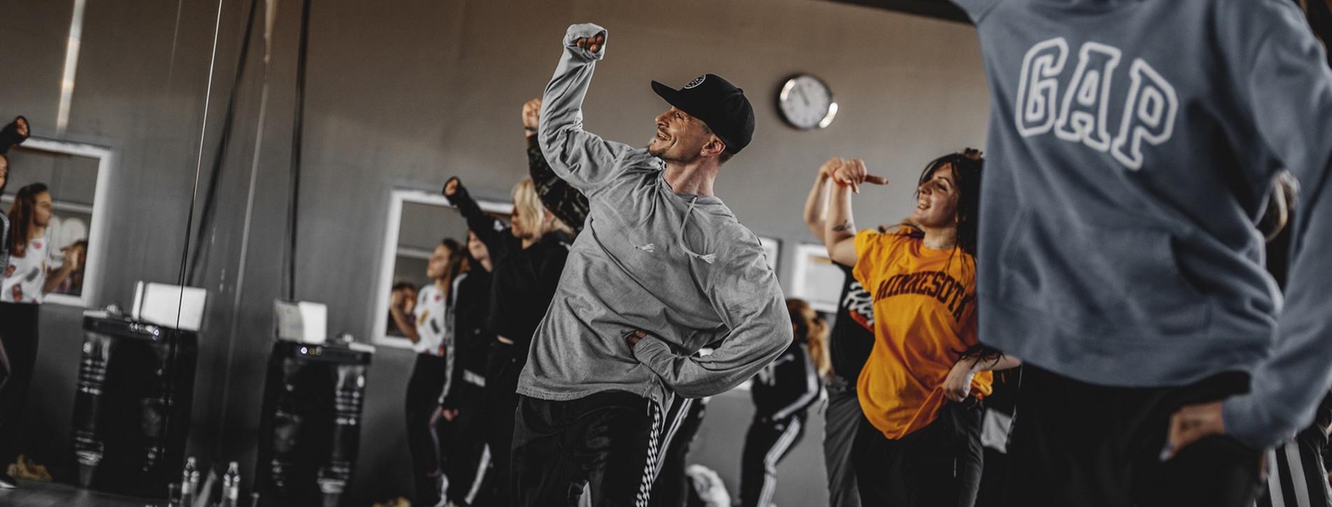 Фото 1 - Абонемент на танцы в Dance Centre Myway