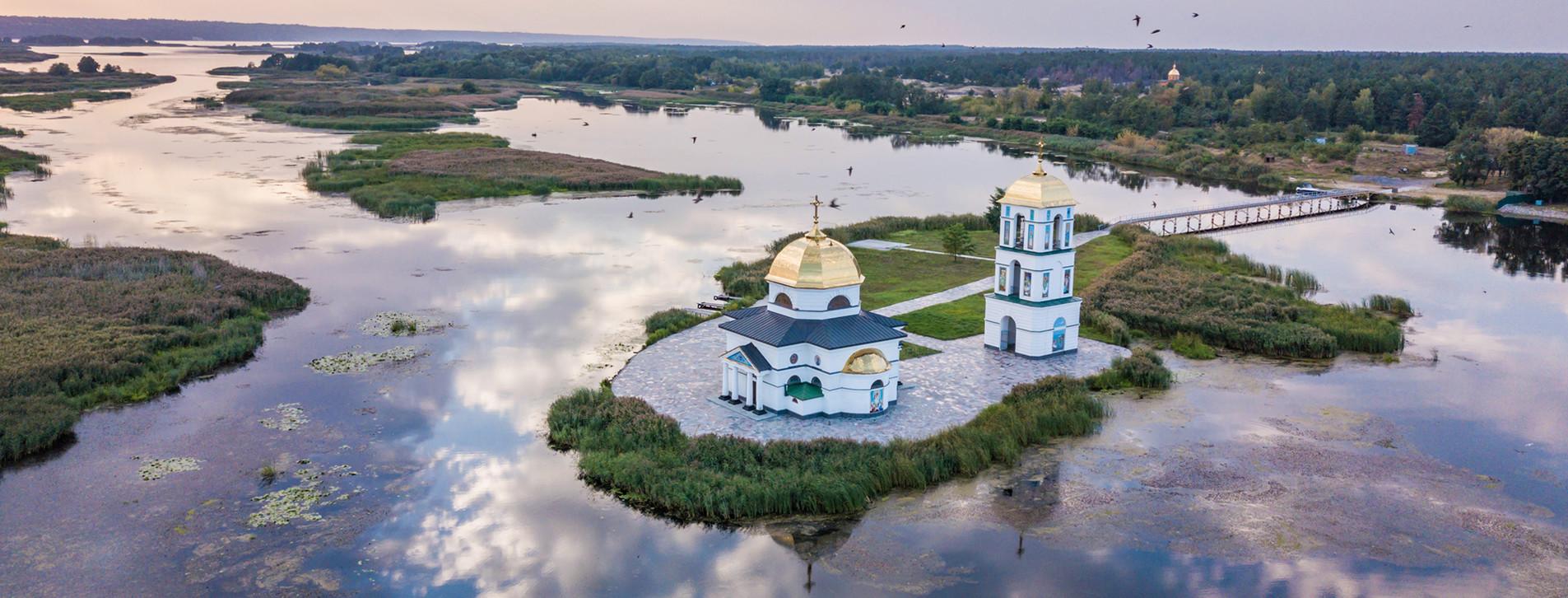 Фото - Тур к затопленной церкви и днепровским кручам для двоих