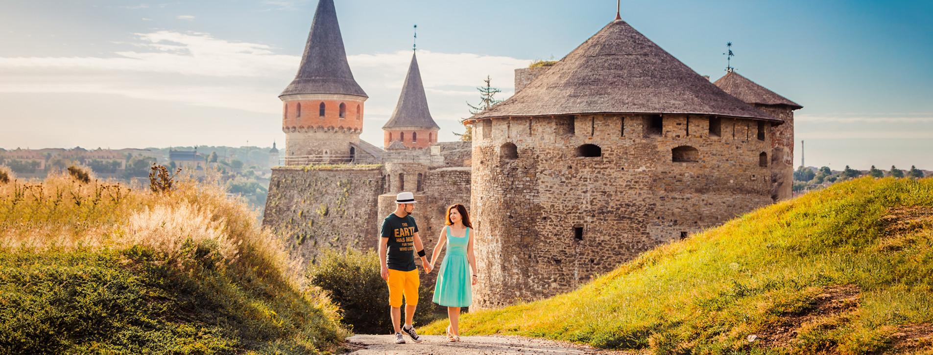 Фото 1 - Тур в Черновцы, Каменец-Подольский, Хотин для двоих