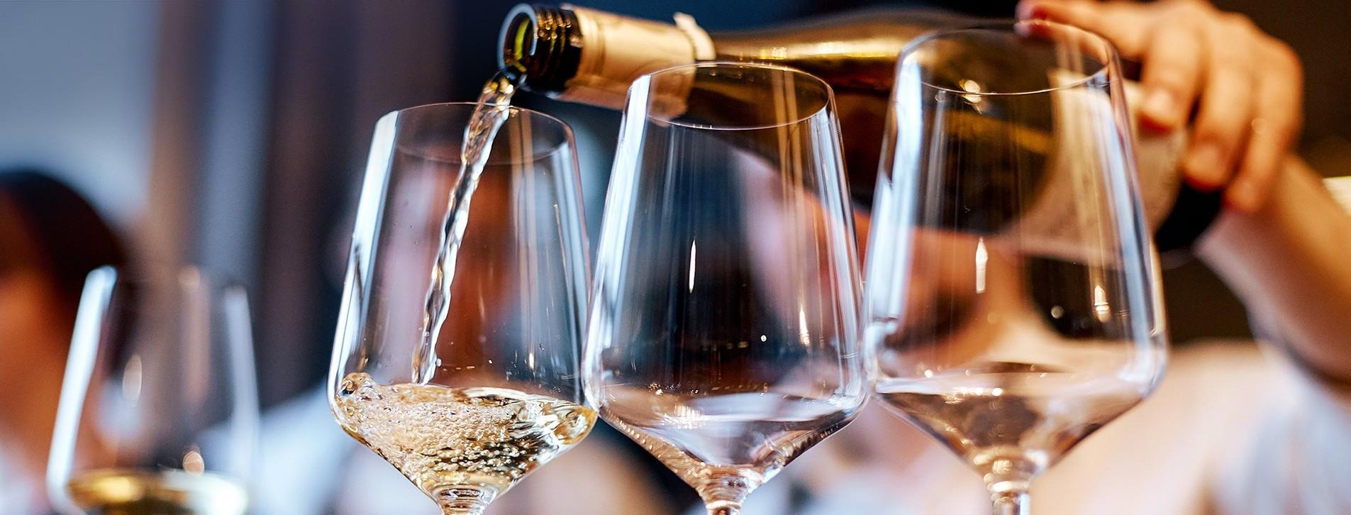 Фото 1 - Дегустация игристых вин для компании
