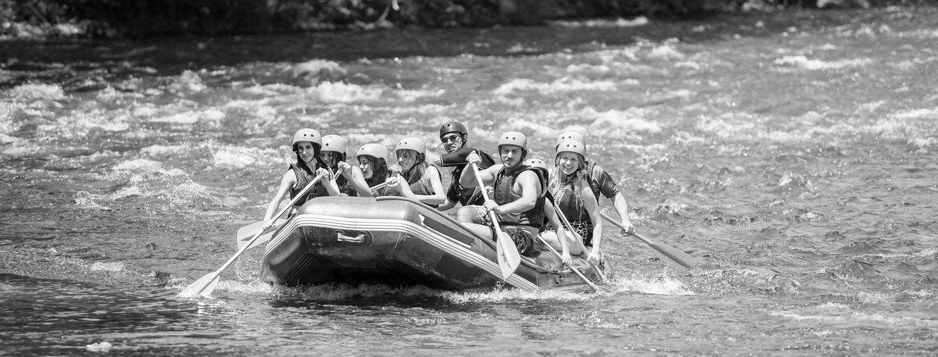 Фото 1 - Сплав по реке в Карпатах для двоих