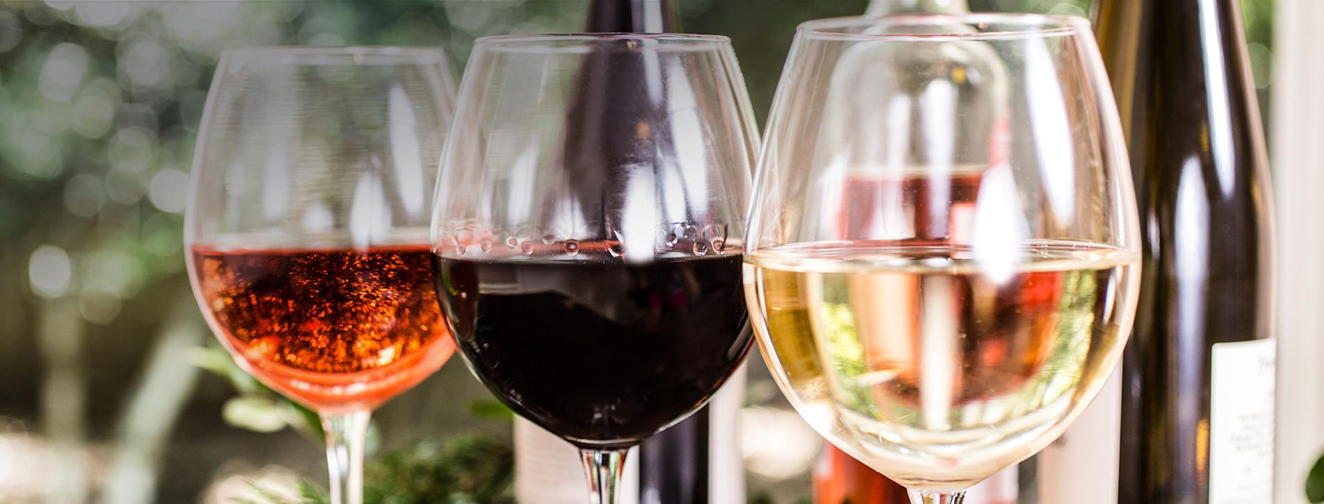 Фото - Безлимитное вино для компании