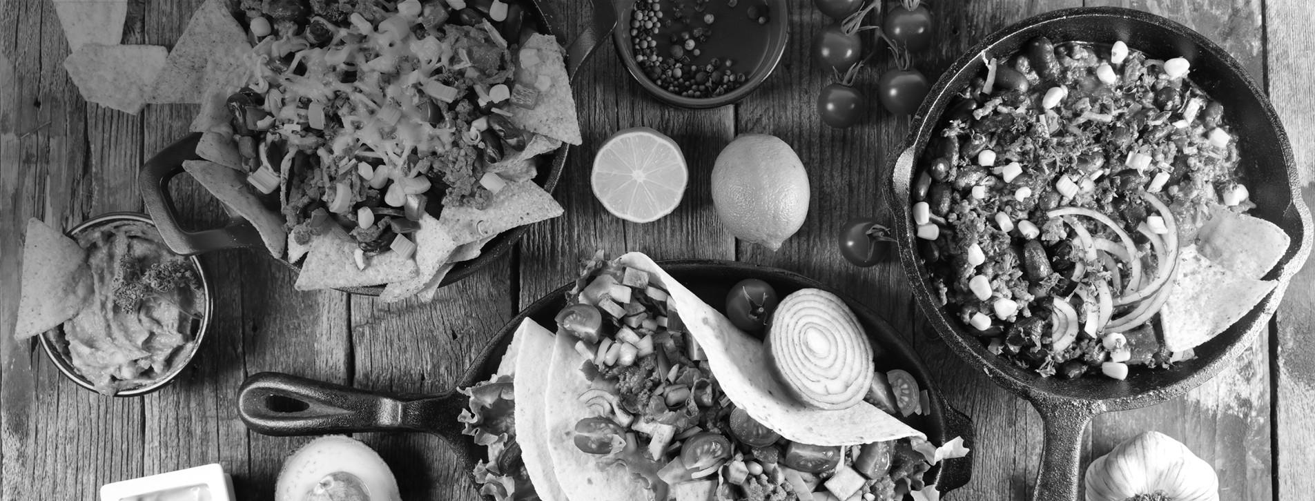 Фото - Вечеря в мексиканському ресторані