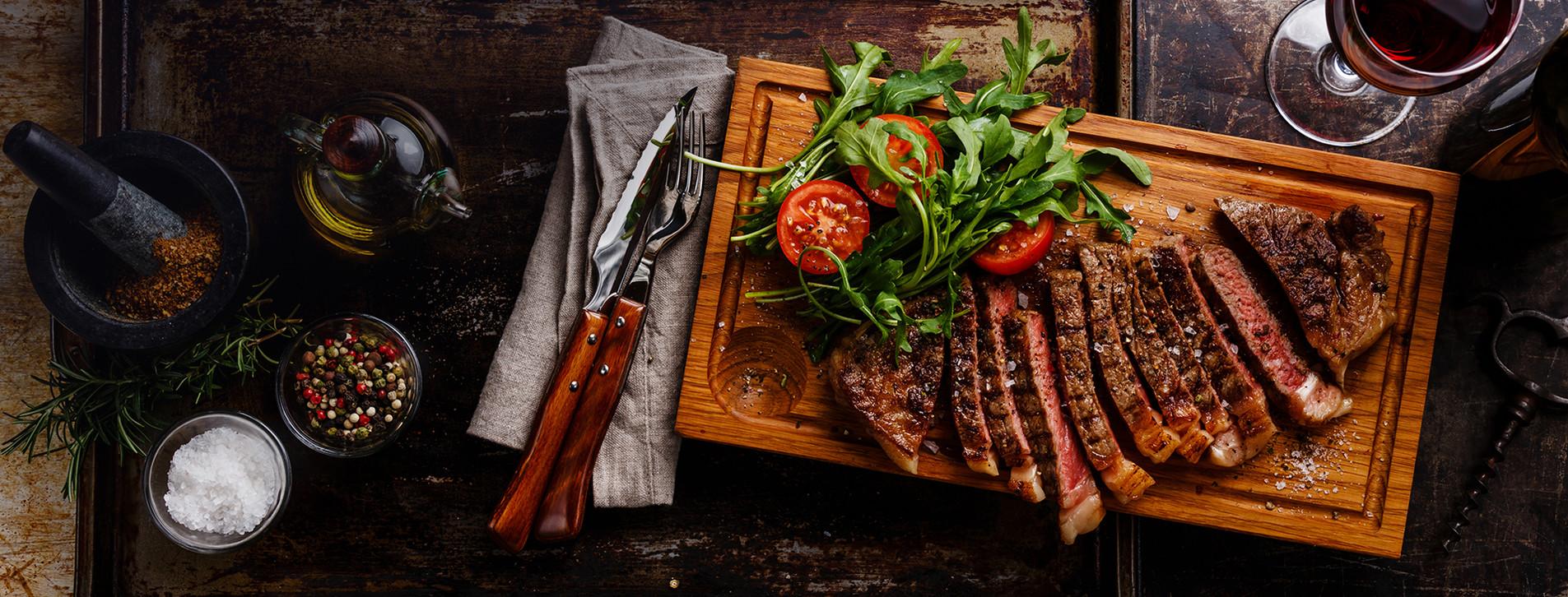 Фото 1 - Ужин в «Ресторації м'яса та справедливості»