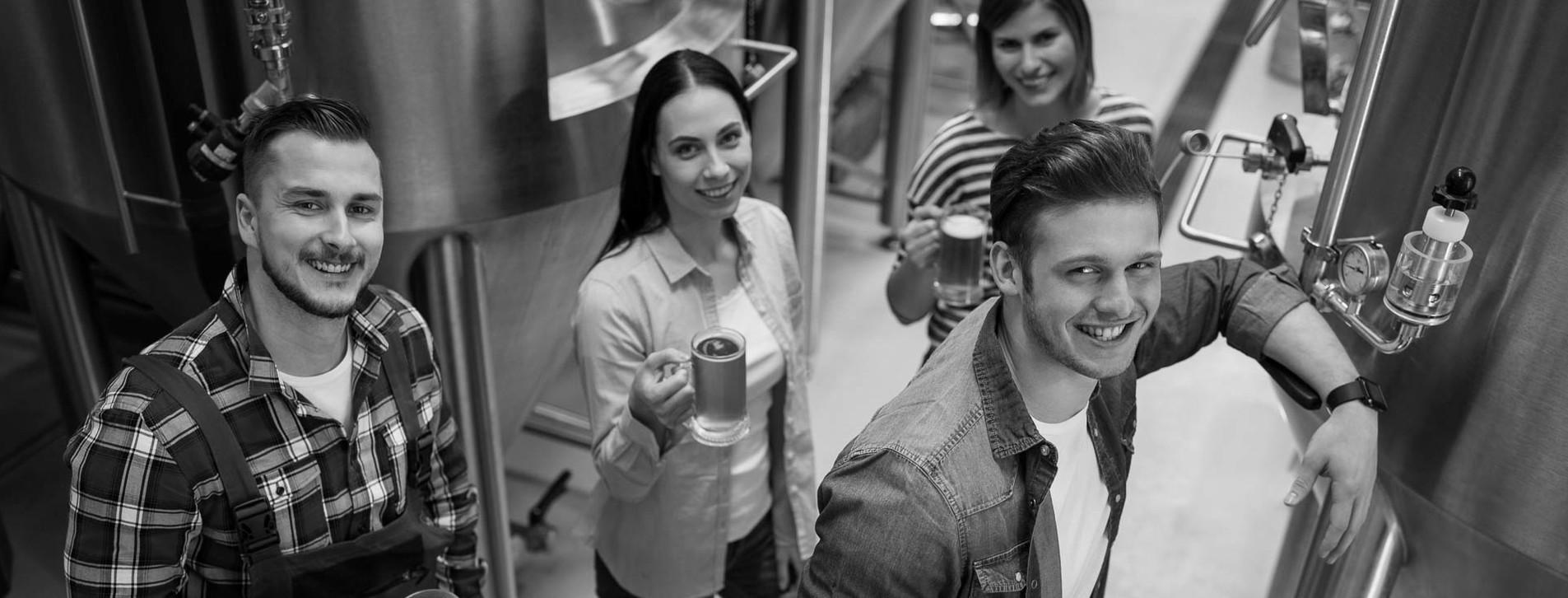 Фото - Экскурсия на пивоварню для компании