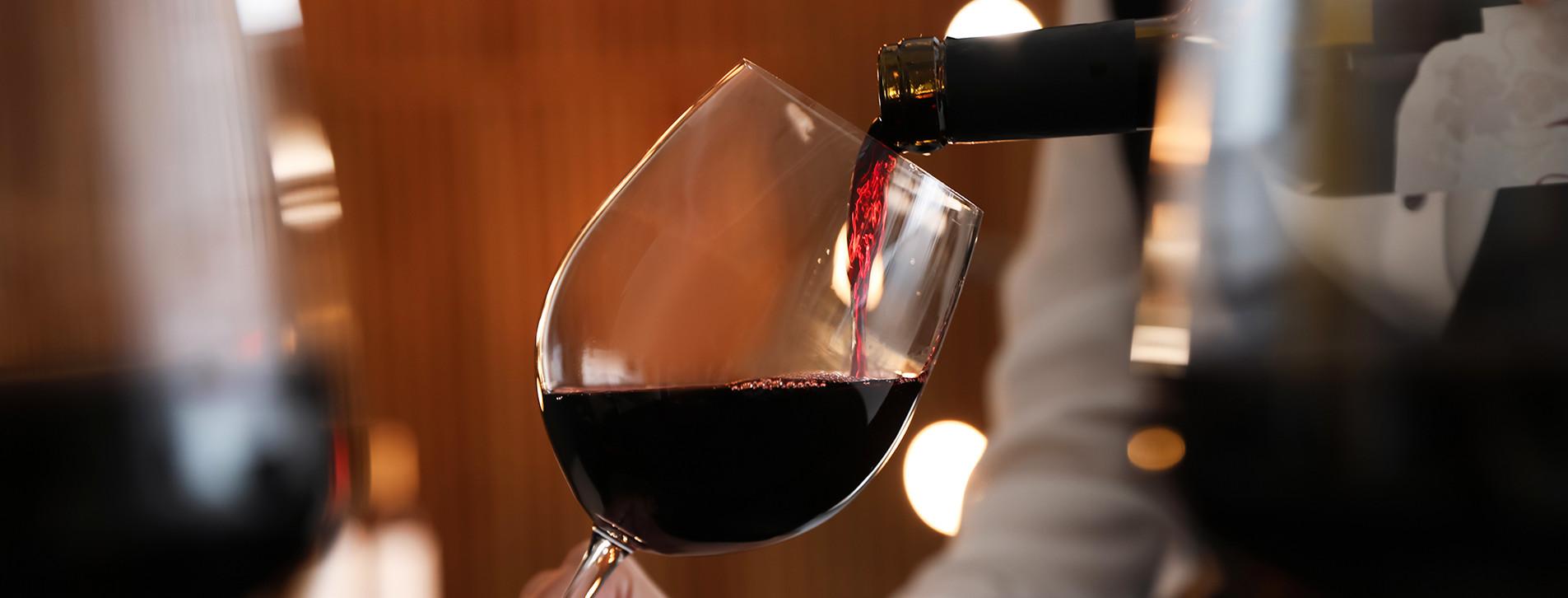 Фото 1 - Дегустация вин для компании