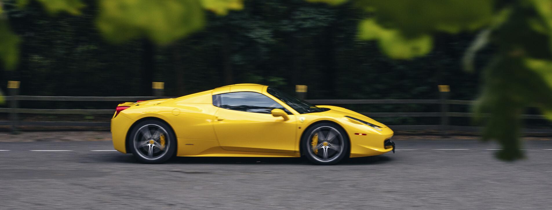 Фото 1 - Тест-драйв суперкара Ferrari