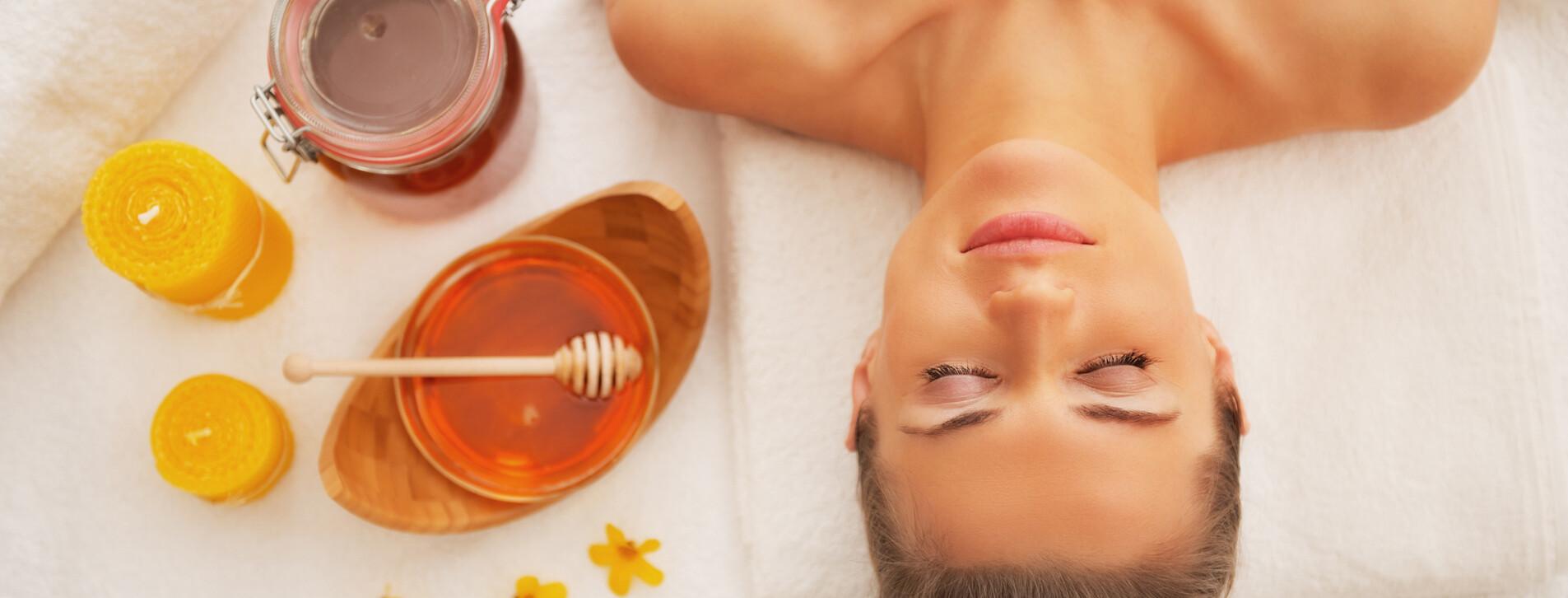 Фото 1 - Антицеллюлитное обертывание с медом