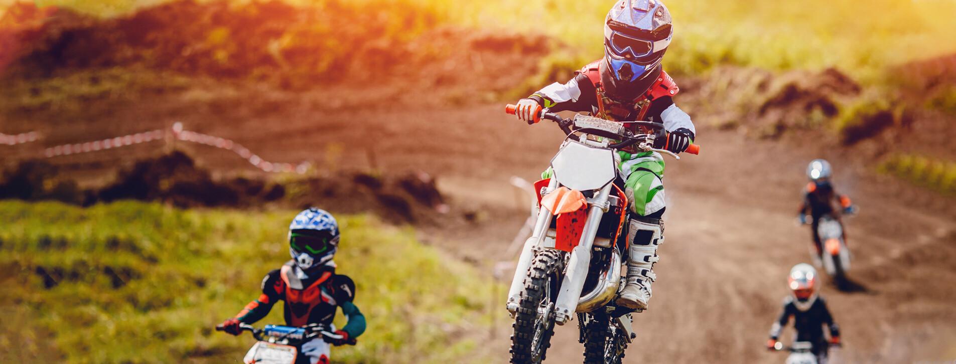 Фото 1 - Детский мастер-класс езды на мотоцикле для компании