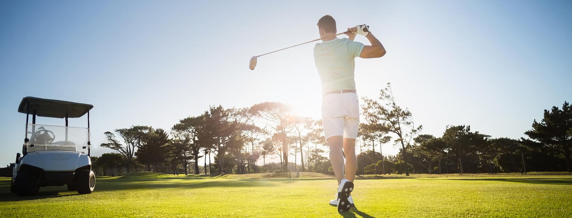 Фото 1 - Мастер-класс гольфа в загородном клубе для компании