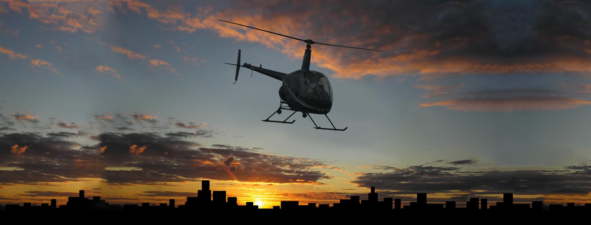 Фото 1 - Полет на вертолете Robinson R22 над ночным Киевом
