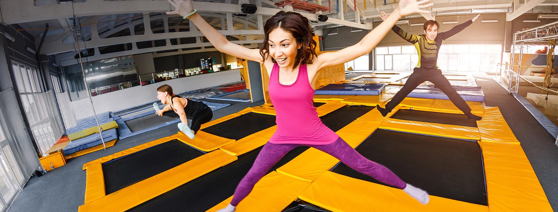 Фото 1 - Прыжки на батуте для компании