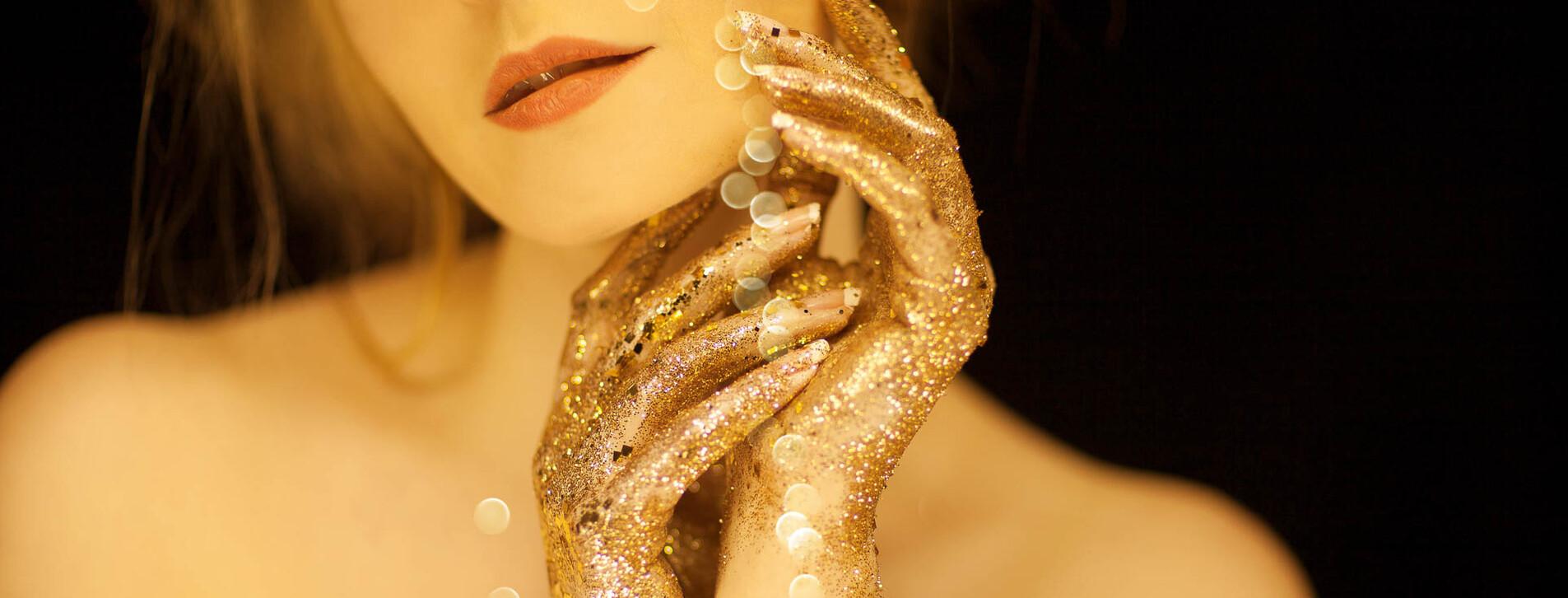 Фото 1 - Массаж с золотом