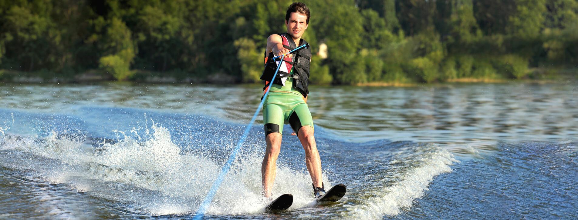 Фото 1 - Катание на водных лыжах для двоих