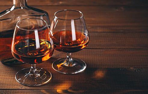 Картинки по запросу Алкоголь для жінки на день народження